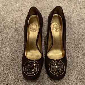 Tory Burch Suede Pumps